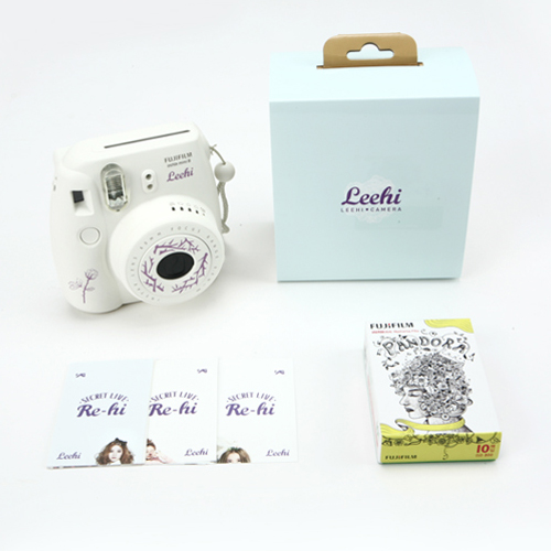 PRE-ORDER LEE HI'S 2013 RE-HI INSTAX CAMERA SET